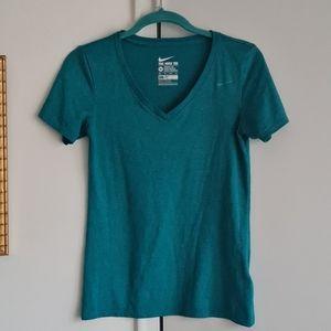 XS turquoise Nike V neck tee